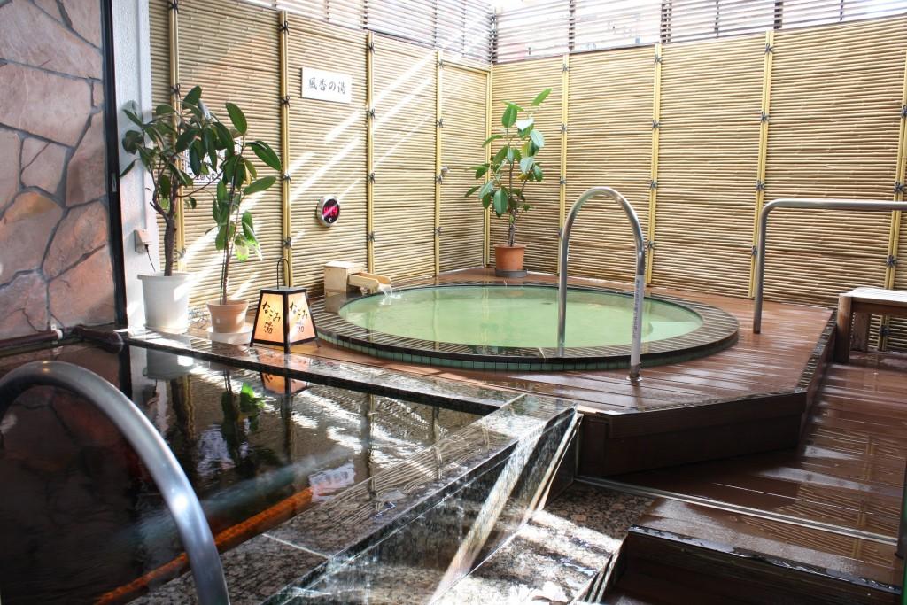 hot-spring-spot-12