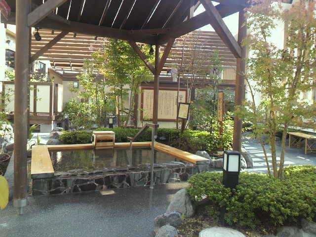 hot-spring-spot-24