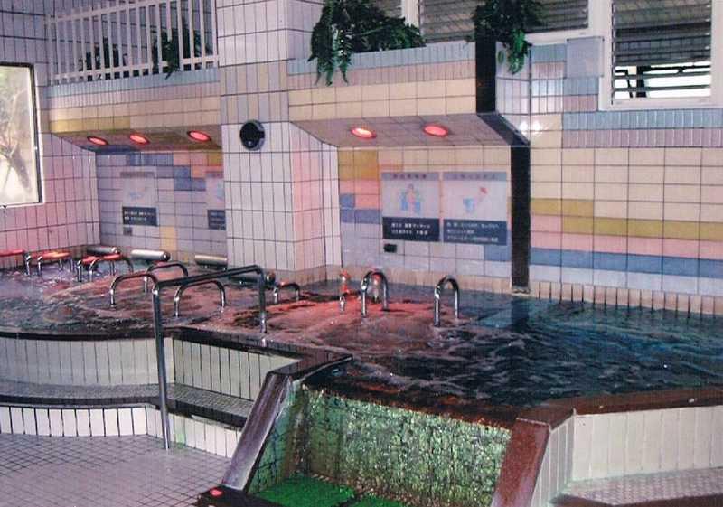 hot-spring-spot-5