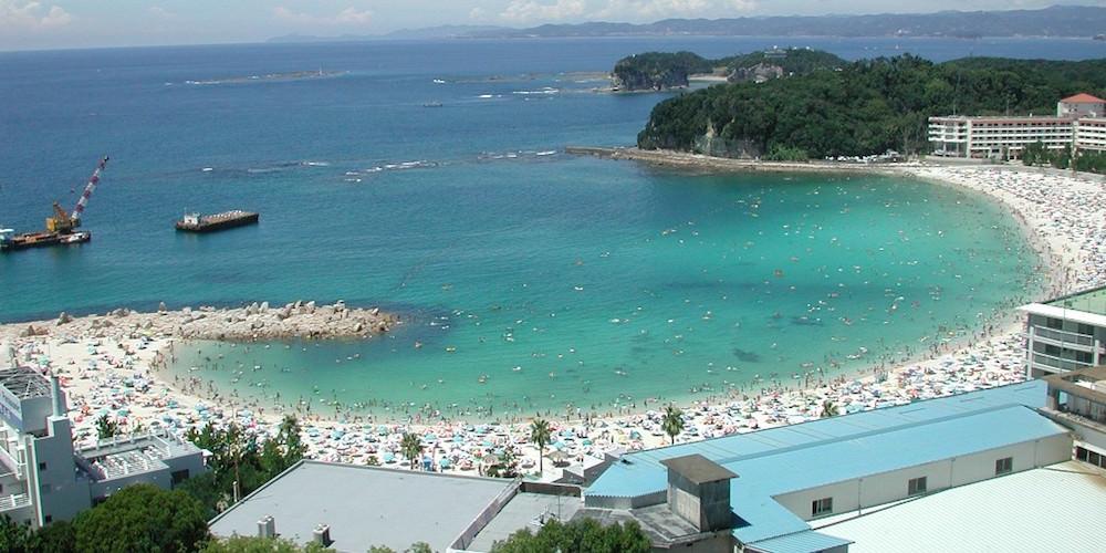 shirahama-beach