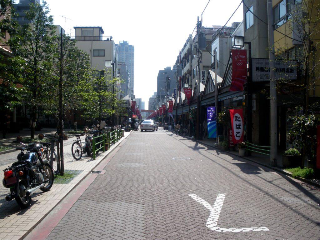 Tsukishima_monja_street